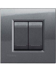 LivingLight - placca Metals Quadra in metallo 2 posti acciaio