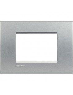 BTicino LNA4803TE LivingLight - placca 3 moduli tech